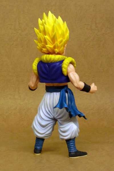 p-2076-x-plus-gigantic-series-dragon-ball-z-gotenks-super-saiyan-(3)