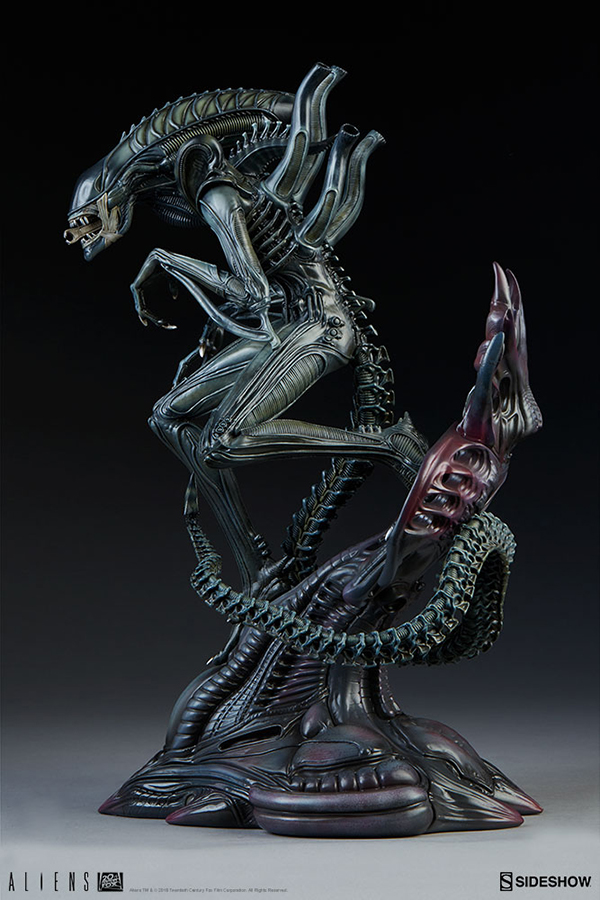 alien-warrior_aliens_gallery_5c807445cf09f