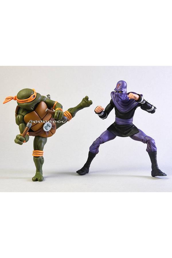 teenage-mutant-ninja-turtles-michelangelo-vs-foot-soldier-neca