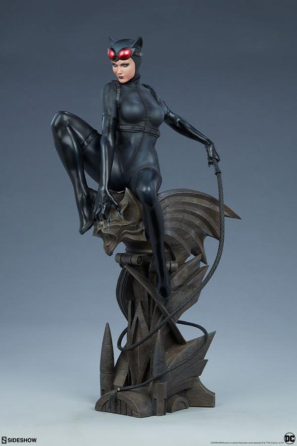 catwoman_dc-comics_gallery_5dc3318d86024